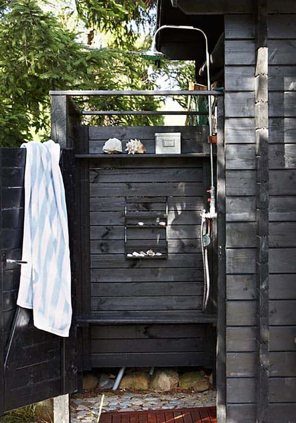 Awesome Outdoor Bathrooms-39-1 Kindesign