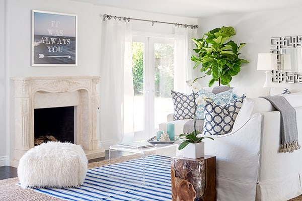featured posts image for Bright and airy beach glam bungalow in Santa Barbara