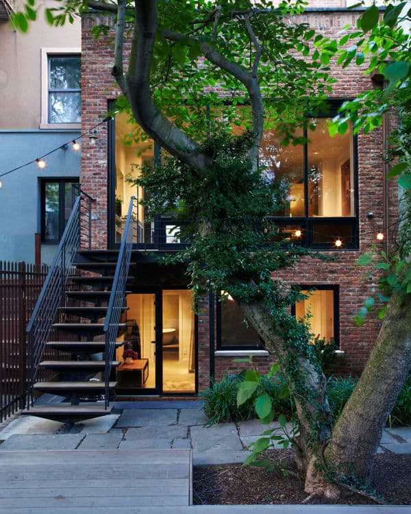 featured posts image for Williamsburg townhouse transformed to comfortable modern living
