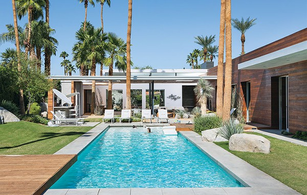 featured posts image for Fascinating desert oasis: Modern vacation retreat in California