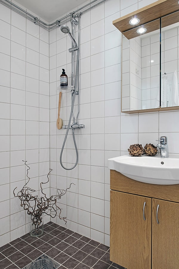 Gothenburg Studio Apartment-23-1 Kindesign