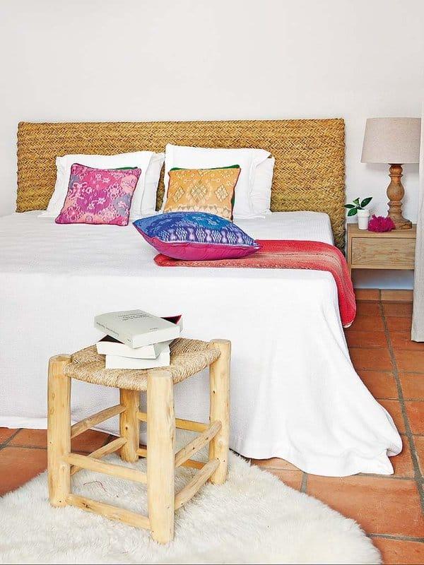 Mediterranean Coastal Home-Jessica Bataille-13-1 Kindesign