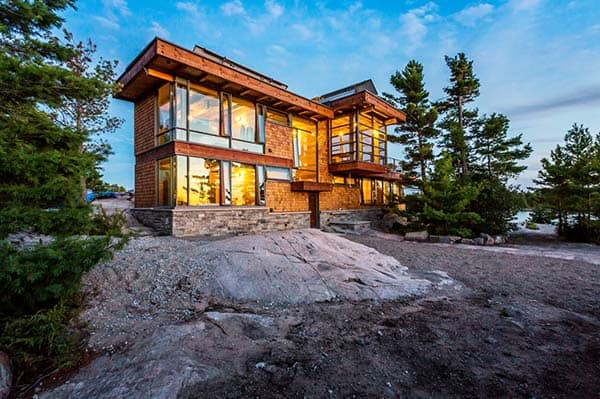featured posts image for Post and beam cottage on a rocky outcropping off Georgian Bay