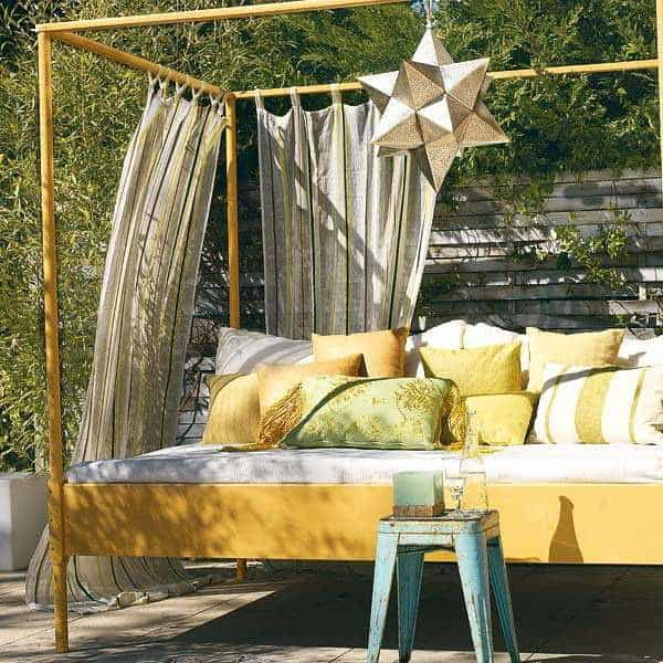 Outdoor Bedroom Ideas-026-1 Kindesign
