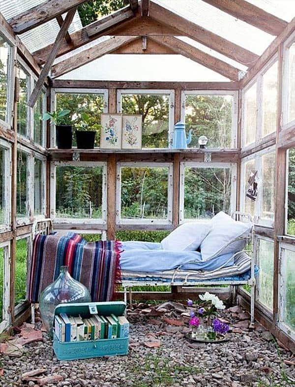 40 enchanting outdoor bedroom ideas for dreamy sleep for Outdoor bedroom