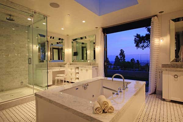 Spacious Bathroom Retreat-08-1 Kindesign