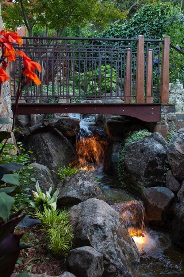Tranquil Backyard Waterfalls-03-1 Kindesign