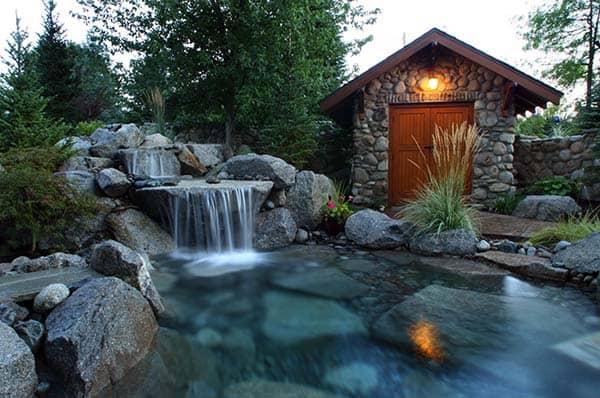 Tranquil Backyard Waterfalls-06-1 Kindesign