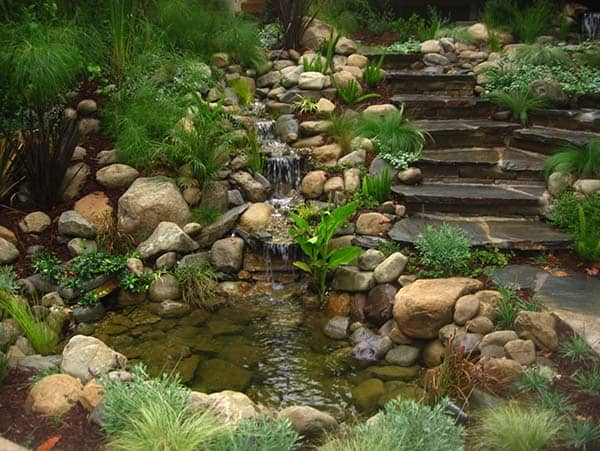 Tranquil Backyard Waterfalls-23-1 Kindesign