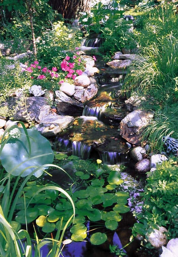 Tranquil Backyard Waterfalls-24-1 Kindesign