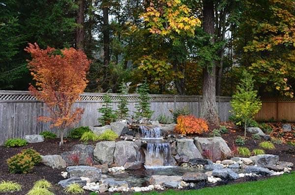Tranquil Backyard Waterfalls-25-1 Kindesign