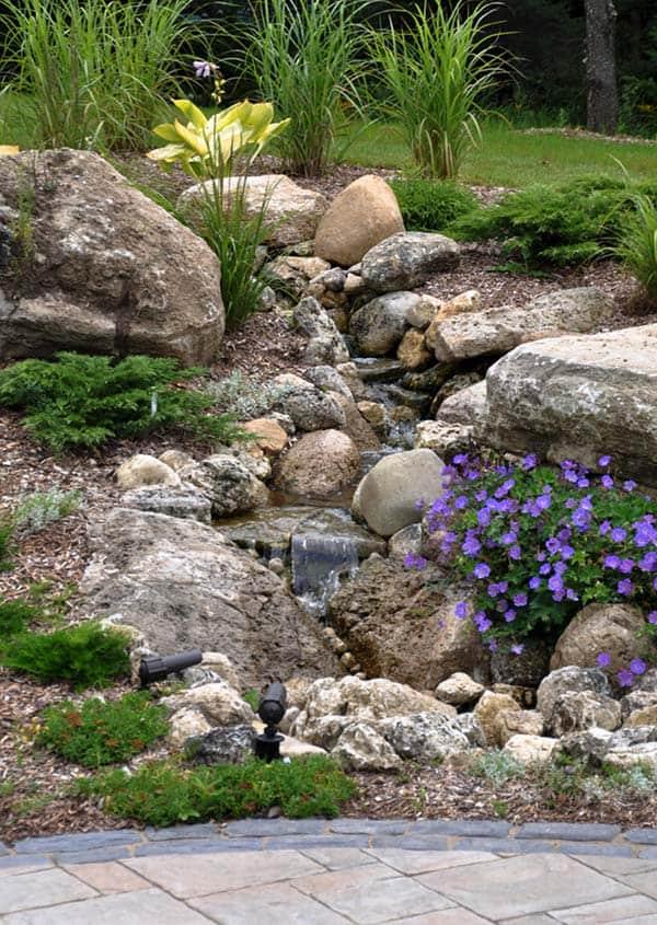 Tranquil Backyard Waterfalls-40-1 Kindesign