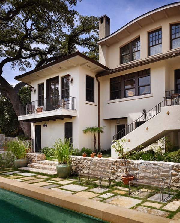 featured posts image for Exquisite Spanish Colonial Revival house restoration in Texas