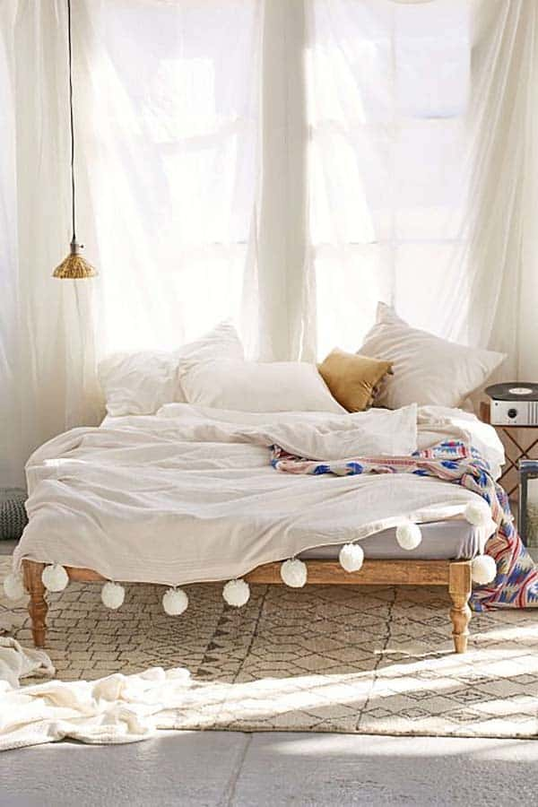 Dreamy Bedroom Decorating-07-1 Kindesign