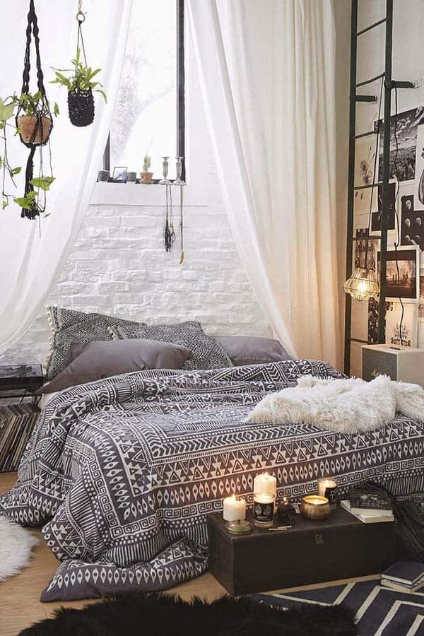 Dreamy Bedroom Decorating-22-1 Kindesign