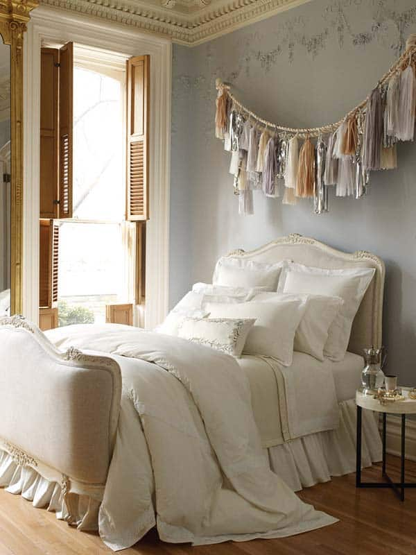 Dreamy Bedroom Decorating-27-1 Kindesign