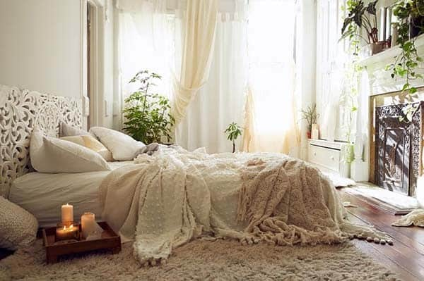 Dreamy Bedroom Decorating-32-1 Kindesign