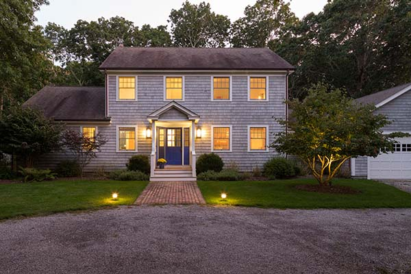 featured posts image for Cozy and playful beach cottage re-imagined in East Hampton
