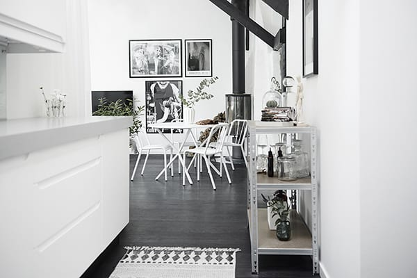 Gothenburg Attic Apartment-02-1 Kindesign