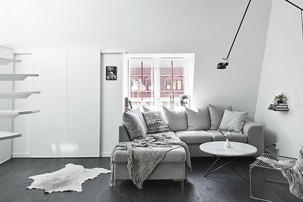 Gothenburg Attic Apartment-04-1 Kindesign