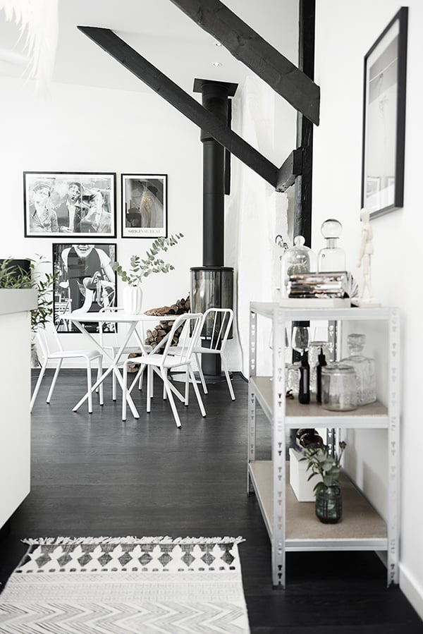 Gothenburg Attic Apartment-12-1 Kindesign
