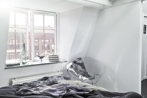 Gothenburg Attic Apartment-17-1 Kindesign