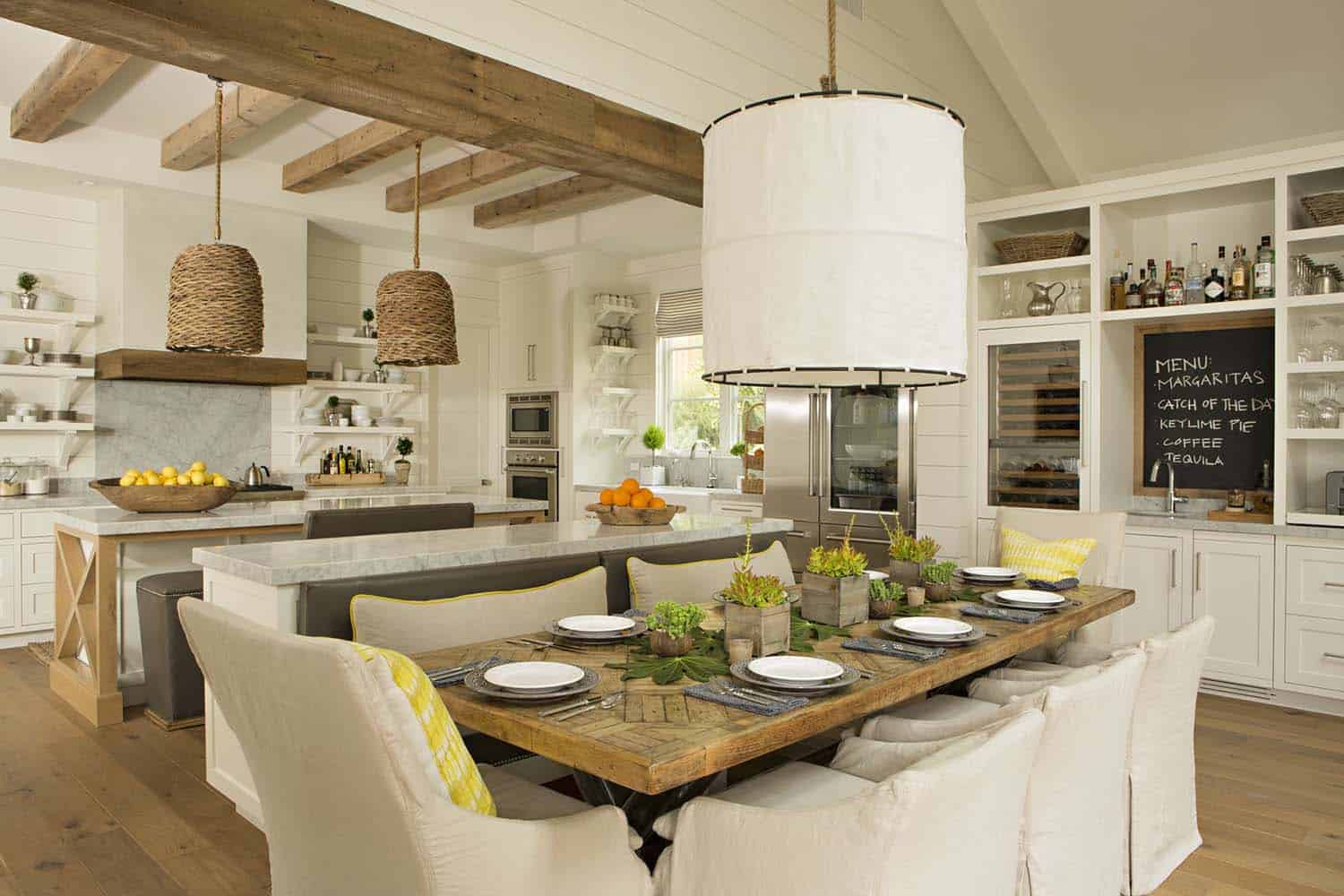 modern-farmhouse-style-dining-room