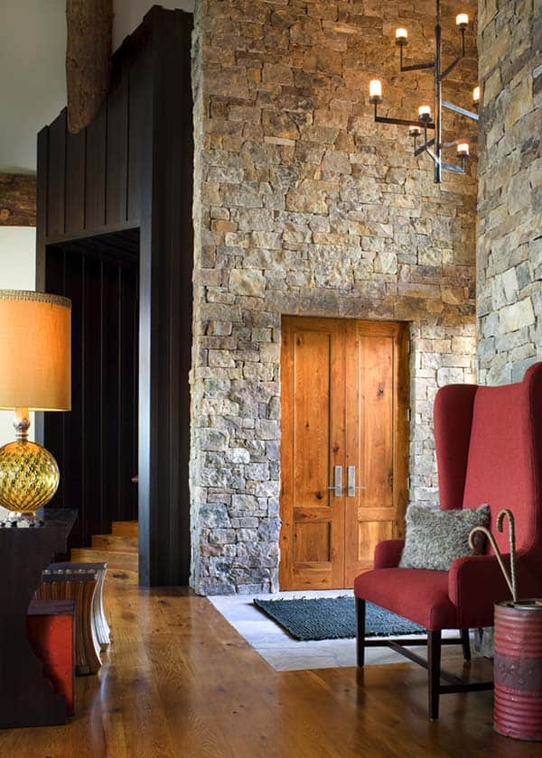 Fascinating Rustic Mountain Retreat Built For Family Living In Vail