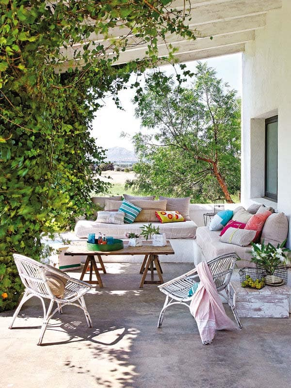 Playful Outdoor Living Spaces-21-1 Kindesign
