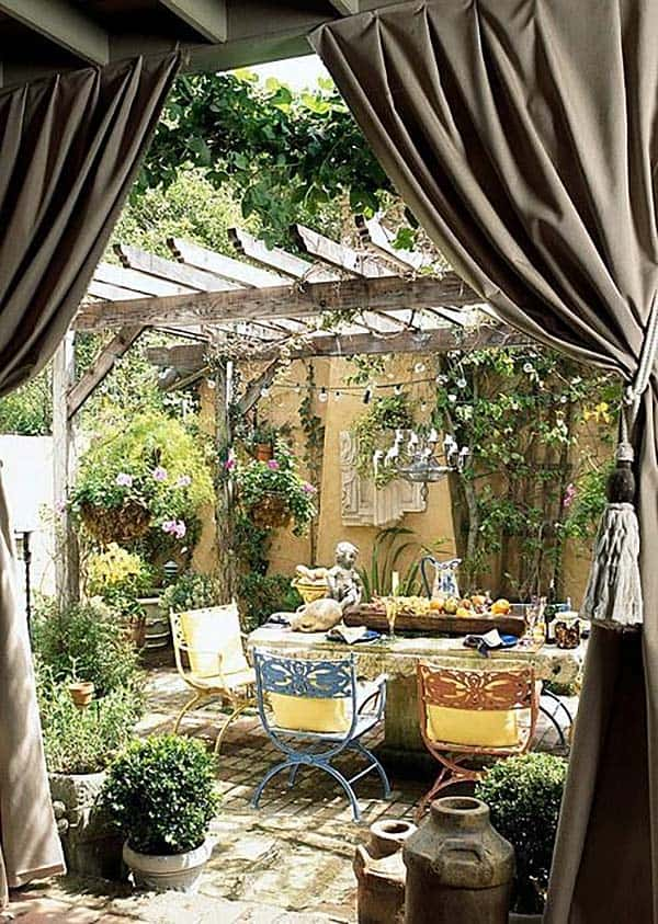 Amazing Outdoor Spaces-26-1 Kindesign