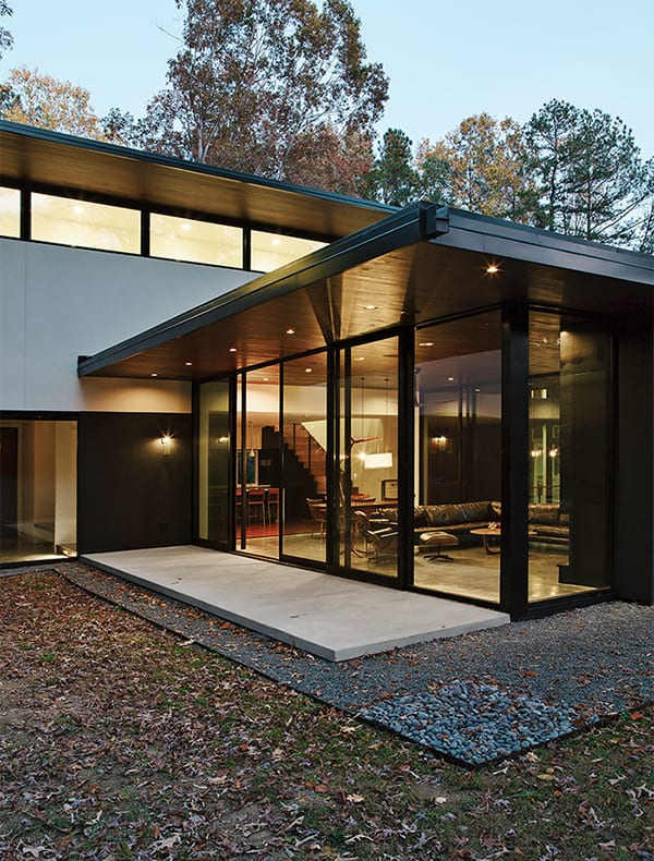featured posts image for Minimally designed home with a warm aesthetic in North Carolina