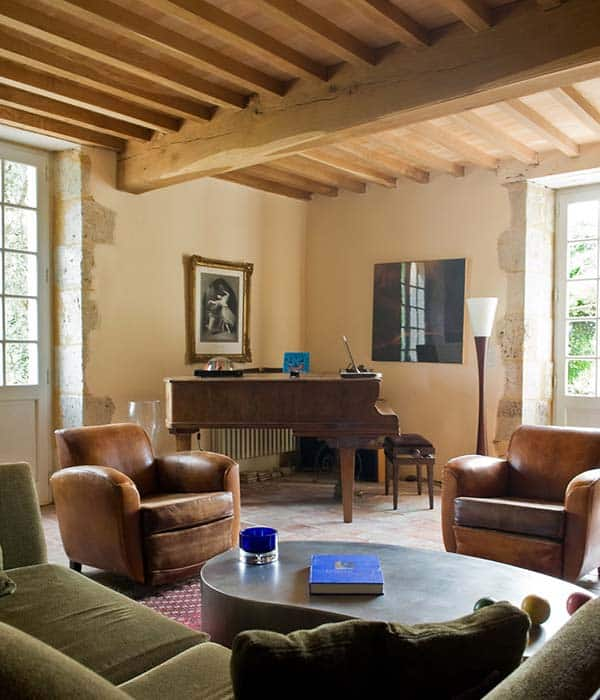 Stone Farmhouse in France-05-1 Kindesign