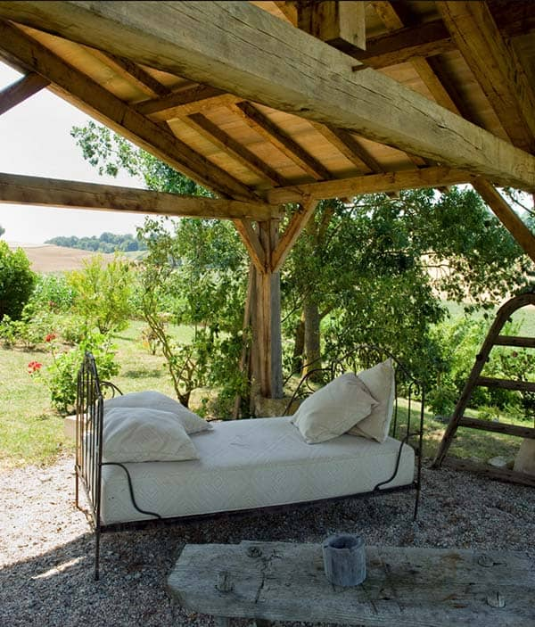 Stone Farmhouse in France-15-1 Kindesign