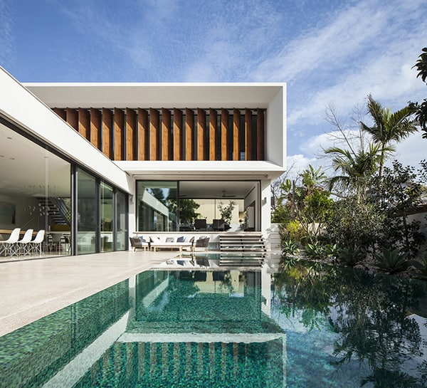 featured posts image for Fascinating Mediterranean villa composed of concrete in Tel Aviv
