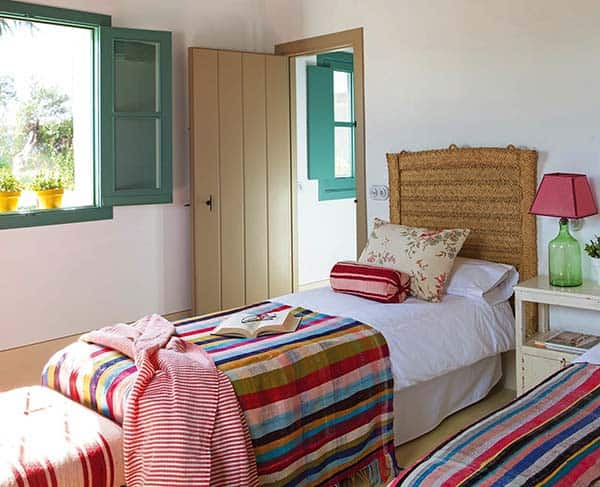 Andalusian Farmhouse-Amparo Garrido-05-1 Kindesign