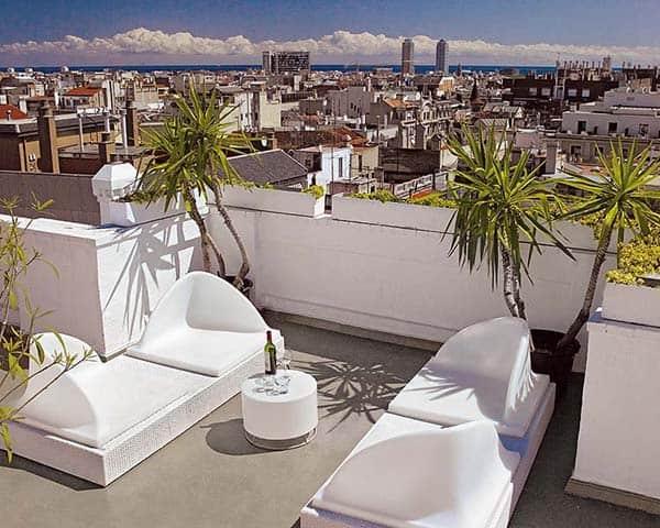 Barcelona Triplex Renovation-Bruno Reymond-16-1 Kindesign