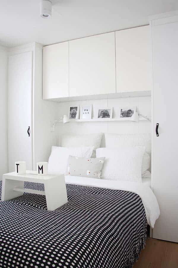 Black and White Bedroom Ideas-05-1 Kindesign