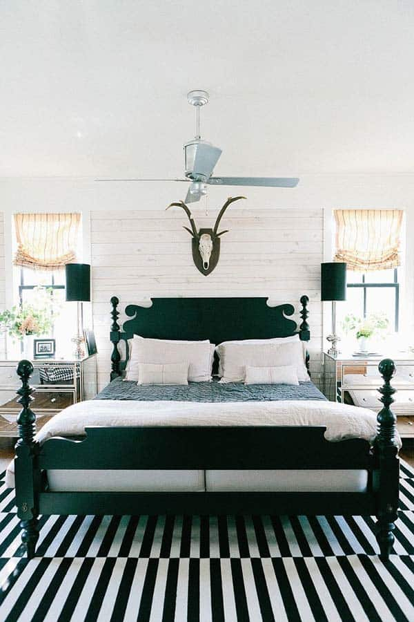 Black and White Bedroom Ideas-24-1 Kindesign