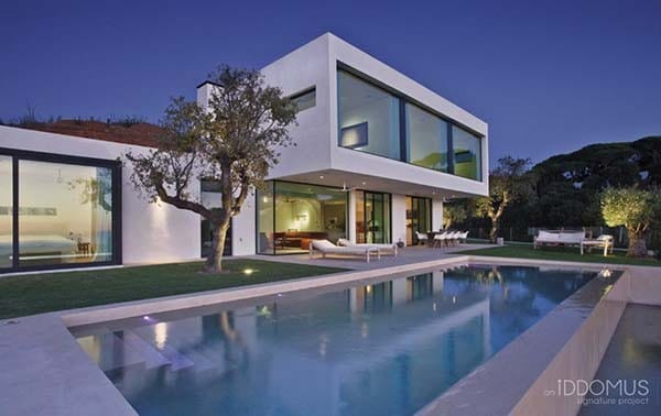 Contemporary Home in Marbella-Iddomus Company-16-1 Kindesign