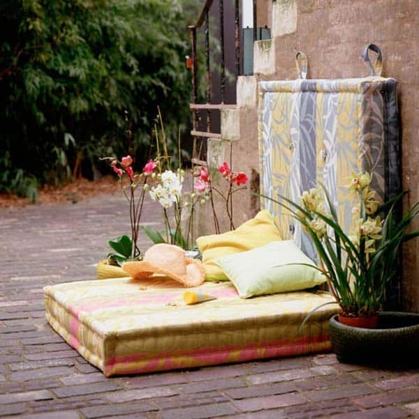 Cozy Outdoor Reading Nooks-20-1 Kindesign