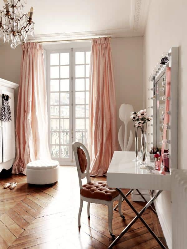 Parisian Apartment-Marianne Tiegen-08-1 Kindesign