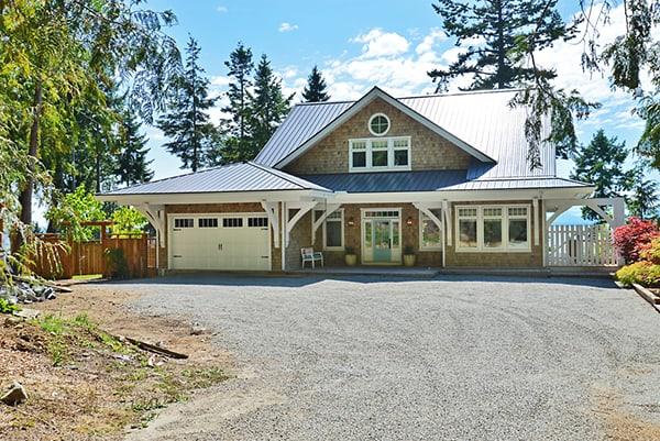 Seaglass Cottage-Sunshine Coast Home Design-52-1 Kindesign
