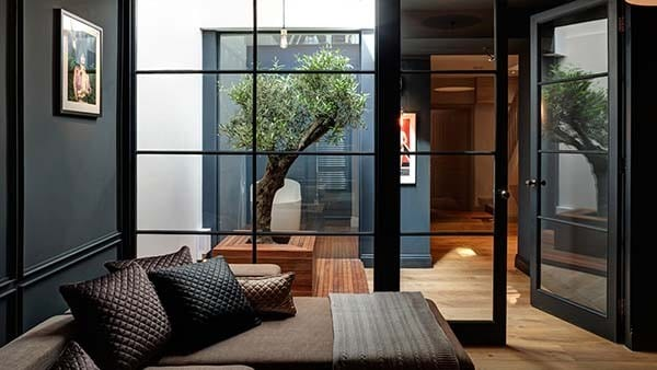 Victorian Townhouse-Minale Mann-01-1 Kindesign