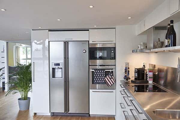 Bright-Airy-Scandinavian-Apartment-12-1 Kindesign