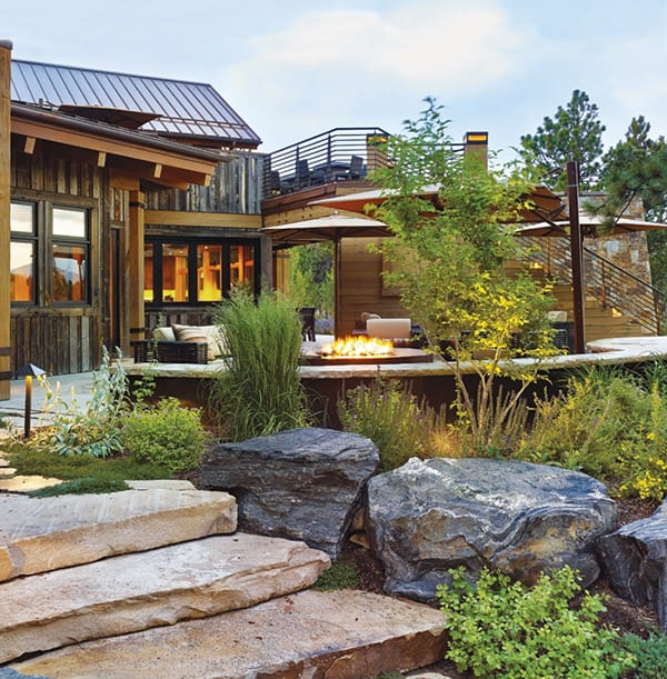 Rough luxe mountain home in evergreen colorado for Mountain home designs colorado