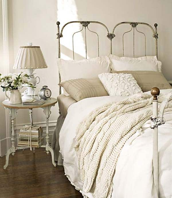 Dreamy White Bedroom Designs-04-1 Kindesign