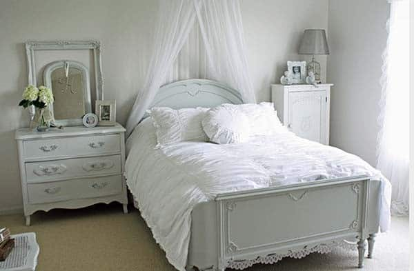 Dreamy White Bedroom Designs-08-1 Kindesign