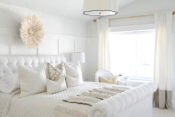 Dreamy White Bedroom Designs-23-1 Kindesign