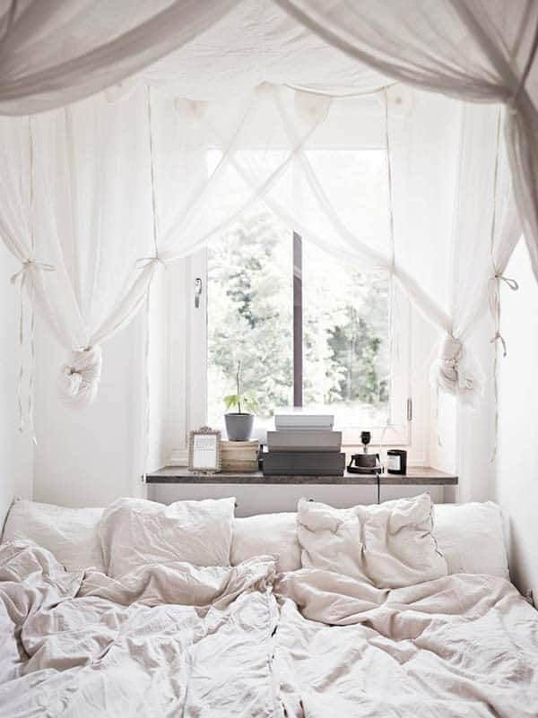 Dreamy White Bedroom Designs-27-1 Kindesign