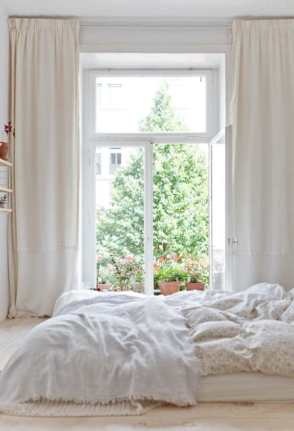 Dreamy White Bedroom Designs-32-1 Kindesign